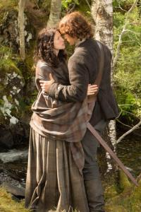 Claire-and-Jamie-Fraser-claire-and-jamie-fraser-37427982-681-1024